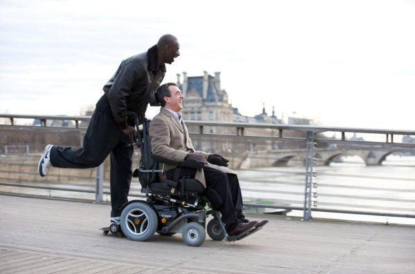 The-Intouchables_01