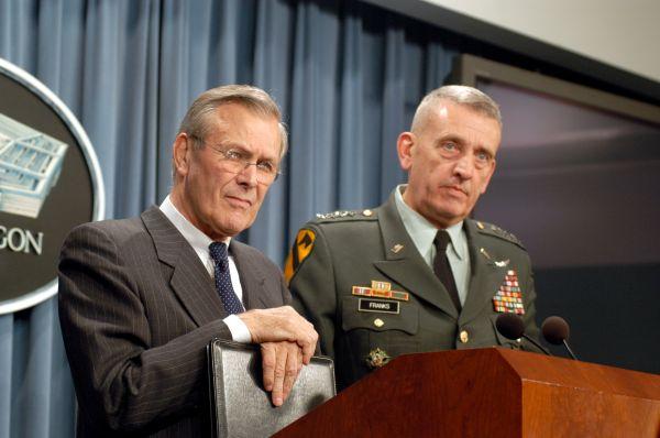 Donald_Rumsfeld_Tommy_Franks